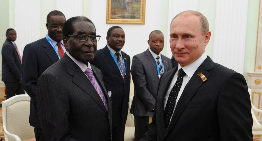 Почему Путин похож на Мугабе
