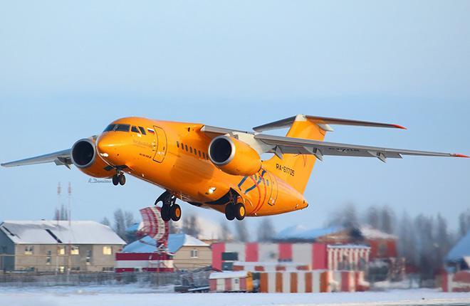 Пассажирский самолет Ан-148 упал сразу после взлета в Домодедово