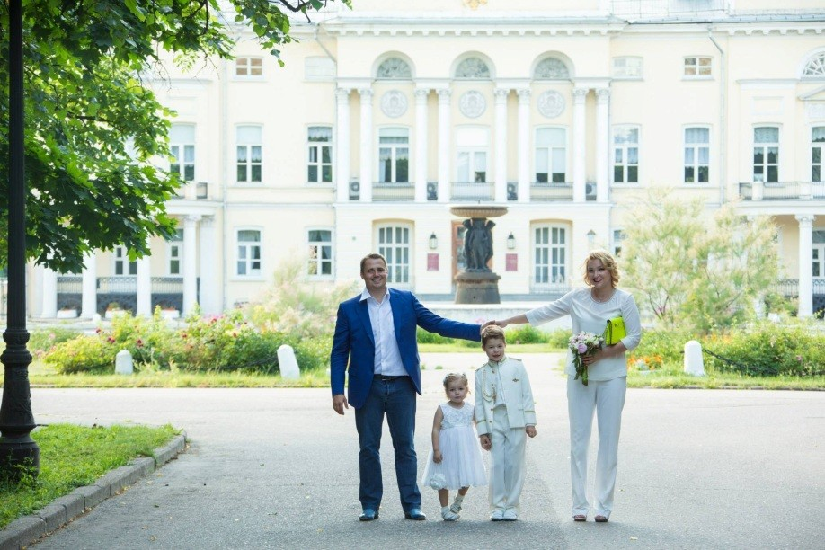 семья, жена и дети Оскара Хартмана